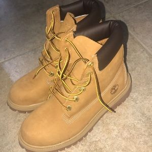 tims/boots , very comfortable, brand new
